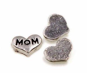 Jewlerys al por mayor (20,50) PCS / lot encantos de la MOM de la letra, encantos del Locket del corazón de DIY que caben para el Locket de cristal vivo de la memoria de DIY