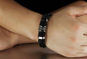 Men's woven chain wrist band stainless steel leather bracelet men's classic button bracelet bracelet fashion jewelry