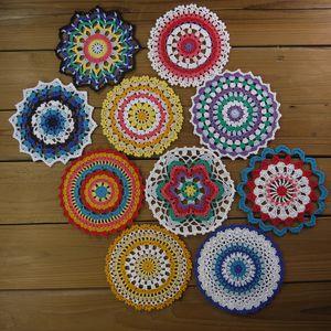 10 Parça Renkli Mandala Danteller, El Boyalı Vintage Tığ Doilies, Küçük Zanaat Yuvarlak Bardak, 6-6.5 inç Danteller