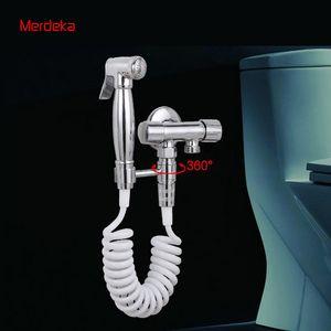 Spruzzatore del bidet con controllo della valvola in rame per il lavaggio della toilette Soffione in ottone del bidet con finitura cromo con connettore girevole