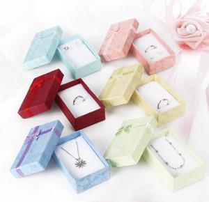 5 * 8 * 2.5 cm Moda para Charms Beads Caja de regalo Embalaje de papel para Colgantes Collares Pendientes Anillos Pulseras Joyería