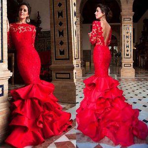 2019 bijoux decollete volants sirene robes de bal avec des manches longues en dentelle et satin jupe volantée robe de soirée rouge robes longues