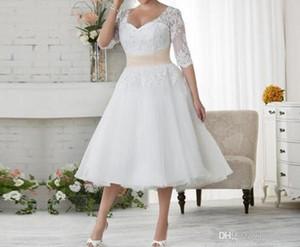 2020 New Sexy Robes de mariée manches 1/2 plus dentelle taille des robes en mousseline de soie plage pas cher thé longueur Taille Plus Blanc Ivoire Femmes formelles