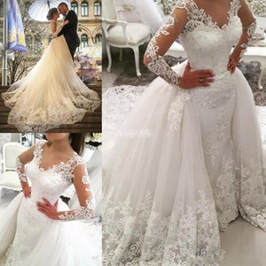 Vintage Long Sleeves Wedding Dresses With Detachable Train V Neck Crystal Bridal Dress Full Lace Applique Backless Wedding Gowns 2018