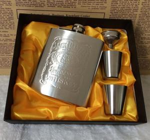 Vente chaude de haute qualité portable 7 oz jack hip fiole ensemble en acier inoxydable flacon flagon avec 2 tasses + 1 entonnoir
