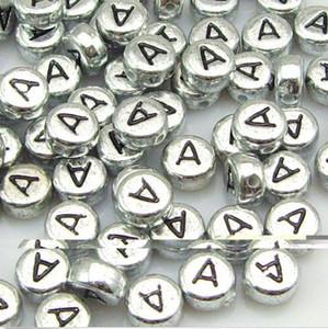الجملة 100 PCS 7MM الفضة الأبجدية / رسالة الاكريليك الخرز فاصل حرف واحد A-Z