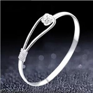 Pulsera romántica de la flor pulsera de plata de ley 925 para las mujeres Fahion Sakura Pulseras Brazalete abierto Brazalete Rosa Pulseras Joyería de la boda