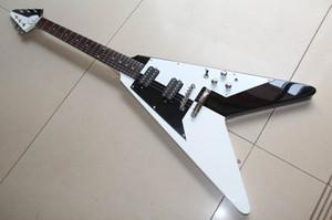 Frete grátis ! Atacado Flying V String Guitarra Elétrica Best Selling Em Preto / Branco / 120715