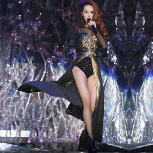 New Female Dj Costumi teatrali per cantanti Costumi discoteca Ds Show Star Paillettes Network Woman Stage Outfit con coda dorata