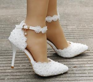 Chaussures de mariage dentelle blanche fleur chaussures sangle bride et la tête pointue pour chaussures de mariée