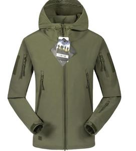 La nuova giacca da uomo outdoor antivento tuta da sci impermeabile più cappotto di capispalla caldo inverno spesso di velluto