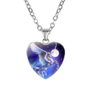 Единорог кулон ожерелья Белая Лошадь 20 мм сердце стекло кабошон ожерелье подарки звено цепи женщины очарование ювелирные изделия Пегас ожерелье