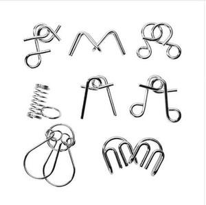 8 pz / lotto Montessori Materiali Filo di metallo Puzzle IQ Mind Rompicapo Puzzle Gioco Per adulti e bambini Giocattolo educativo