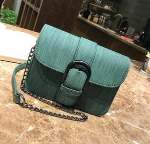 2018 the latest women's casual bag lady fashion bag shoulder bag, lady skew bag luxury handbag free delivery.