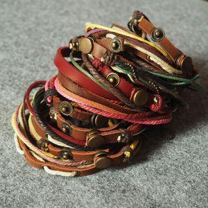 Инвентарь распродажа кожаный браслет Шарм браслеты случайные стили микс как фотографии ювелирные изделия для мужчин и женщин