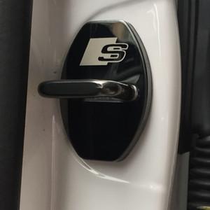 يغطي 4 PCS / مجموعة جديدة باب وصول سيارة قفل حماية القضية المضادة للتآكل لAUDI A1 A3 A4 A5 A7 A8 Q3 Q5 Q7 سيارة التصميم