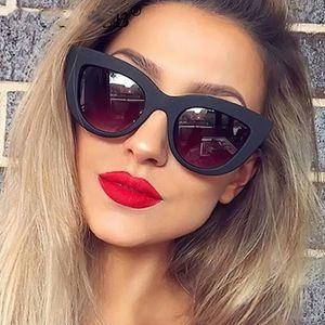 Neue mode Frauen Katzenaugen-sonnenbrille Matt schwarz Marke Designer Cateye sonnenbrille Für Weibliche schlagbrille UV400
