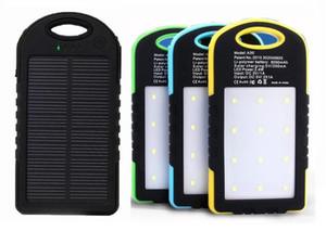 새로운 유니버셜 8000mAh 태양열 충전기 태양 광 발전 은행 방수 태양 전지 패널 배터리 충전기 듀얼 USB LED 야영 램프 LLFA
