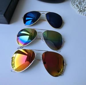 2018 Yeni Moda Gözlük Klasik Tarzı Metal Çerçeve Renkli Ayna Güneş Güneş Gözlüğü Aksesuarları Gözlük Dazzle Gözlük Pilot Güneş Gözlüğü