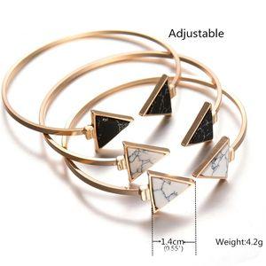 Doppeltes Dreieck Marmor Armreif Fashion Geometrische Schwarz Weiß Howlith Open Manschette Armreif für Frauen Mädchen