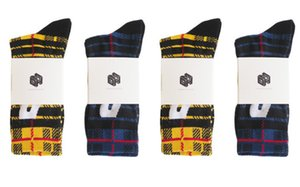 Ins Hot P Letter Socks Men's and Women's Stockings Cotton Terry-Loop Hosiery Harajuku Hip Hop Sport Plaid Socks