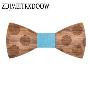 Nueva llegada estereoscópica Dot Wood Bow Tie para los hombres Classic de madera Bowties corbatas creativo hecho a mano mariposa de madera Tie Gravata