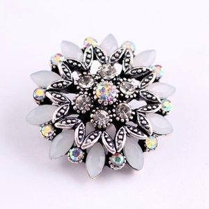 Nouveau 18mm Simple Mode fleur Noosa Interchangeable Bijoux DIY Bracelets En Métal Gingembre Snap Boutons avec Cristaux Assortis De Charme cadeaux