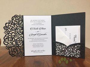 Erschwingliche Hochzeit 2018 lädt Laser geschnittene Taschen-Hochzeits-Einladungs-Reihen ein, die kundengerecht sind, lädt mit der Umschlag freien inneren Gewohnheit ein, die gedruckt wird