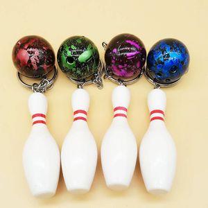 4 قطعة / المجموعة البولينج دبوس مفتاح سلاسل البولينج دبوس والسلع الرياضية المفاتيح جديد البولينج الكرة سلاسل حلقة رئيسية حامل هدايا تذكارية
