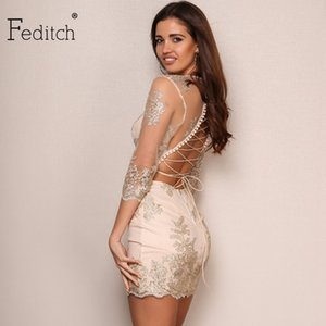 Feditch 2017 Le più nuove donne Bodycon Dress Sexy Backless Bandage Hollow Out Vintage Abiti Elegante Lady Clubwear Abiti De festa