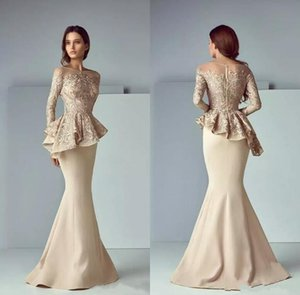 Champagne Lace Mancha Peplum desgaste da noite Vestidos 2020 Vestidos celebridade Partido Sheer Neck mangas compridas Dubai Árabe Mermaid Prom Vestidos