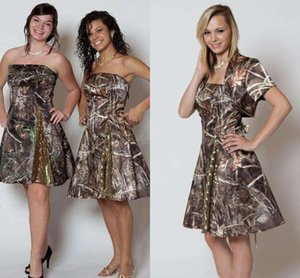Vestidos de dama de honor cortos sin tirantes con lentejuelas de la chaqueta Longitud de la rodilla Backless vestidos de fiesta de boda cortos Camo Cam Prom Vestidos