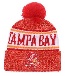 Top Selling Tampa Bay gorros beanie Sideline Tempo Frio Reverter Esporte Cuffed Chapéu De Malha com Pom Winer Tampas Do Crânio