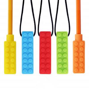 À mâcher brique pendentif collier ensemble parfait pour dentition tactile et le soulagement de la mastication à mâcher à mâcher à mâcher bloc crayon Toppers anneau de dentition jouets