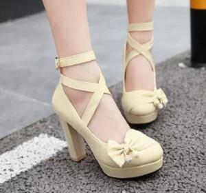 Бесплатно отправить горячие японские сладкий бантом супер высокий каблук грубый каблук наполовину ремень один обувь большой размер и малый размер