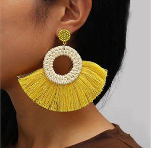 Nouveau main Cercle éventails de paille Tassel Boucles d'oreilles pour les femmes en rotin tissé Hoop Fringe Boucles d'oreilles pendantes de nouveaux bijoux design
