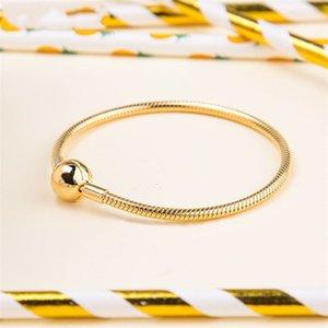 Bracelets de fermoir lisse Collection de brillants 925 Sterling Sterling Sterling convient aux perles de style bricolage Charms 567107 H8