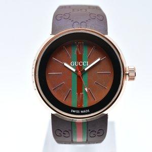 Multicolor freies Verschiffen 40mm Silikonband Quarz Luxus Männer Designer-Uhr-beiläufige analoge Herrenuhren Mannarmbanduhr Geschenke drop