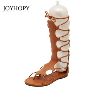 JOYHOPY 2018 Yaz Moda Düz Topuk Gladyatör Sandalet Kadınlar Çapraz Kayış Orta Buzağı Boots Bayanlar Hollow Çıplak Ayak ...