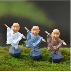 4 Teile / satz Tempel Buddhistischen Mönch Figuren Fee Garten Miniaturen Bonsai Terrarium Micro Landschaft Harz Handwerk Gnome