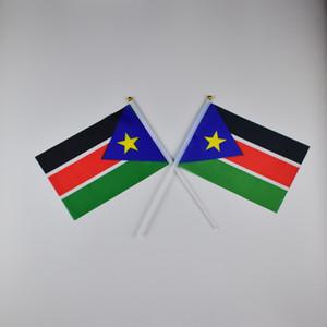 Südsudan Banner 10 Teile / los 14x21 cm Flagge 100% Polyester Flaggen Mit Kunststoff Fahnenmasten Für Feier Dekoration Südsudan
