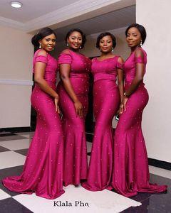 2018 Nigeria Abiti lunghi da damigella d'onore Spaghetti cinghie Satin Perline Sweep Train Wedding Guest Party Damigelle d'onore Abiti BA9555