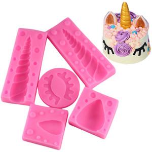 5 Pcs / Set Unicornio Oreille Oeil Silicone Moules Bébé D'anniversaire De Décoration De Gâteau Fondant Moule 3D Unicorn Bonbons Gumpaste De Chocolat Moules