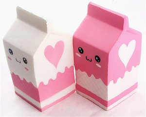 Nuevos Squishies Caja de botellas de leche Squishy Squeeze Slow Rising Jumbo Cell Phone Correa de cadena Colgante Squishes Kid Toys