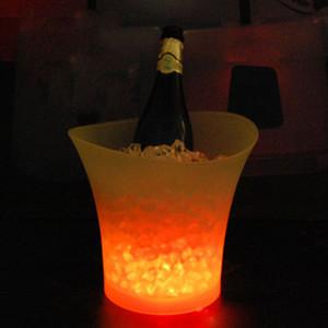 5L Plastics Glowing LED Eiskübel Champagner Wein Getränke Bier Eiskühler für Restaurant Bars Nachtclubs KTV Pub Party Farbwechsel