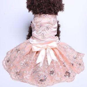 Jupe robe de mariée mariage animal fleurs dentelle chien avec grand arc robes de chiot chat dîner tenue
