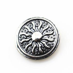 Sıcak 10 adet / grup Antik gümüş güneş snap düğmesi 18mm DIY zencefil yapış braceletbangles charms snaps takı