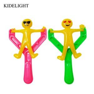 12 UNIDS Caucho Emoji slingshot juguete baby shower niña niño fiesta de la fiesta de cumpleaños de los niños fuente de regalo regalos de regalo de Navidad