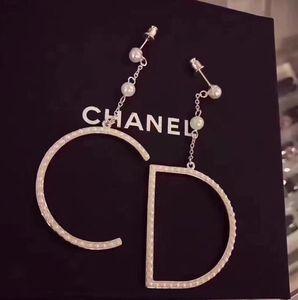 anillo colgante de gran letra de perlas de alta calidad únicos pendientes de perlas grandes letras 03-30 estilo de la moda exquisita populares