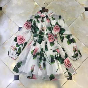 2020 Frühling und Sommer neu europäische und amerikanische Modeschau retro stieg elegant Urlaub Chiffon-Kleid kleines Temperament drucken